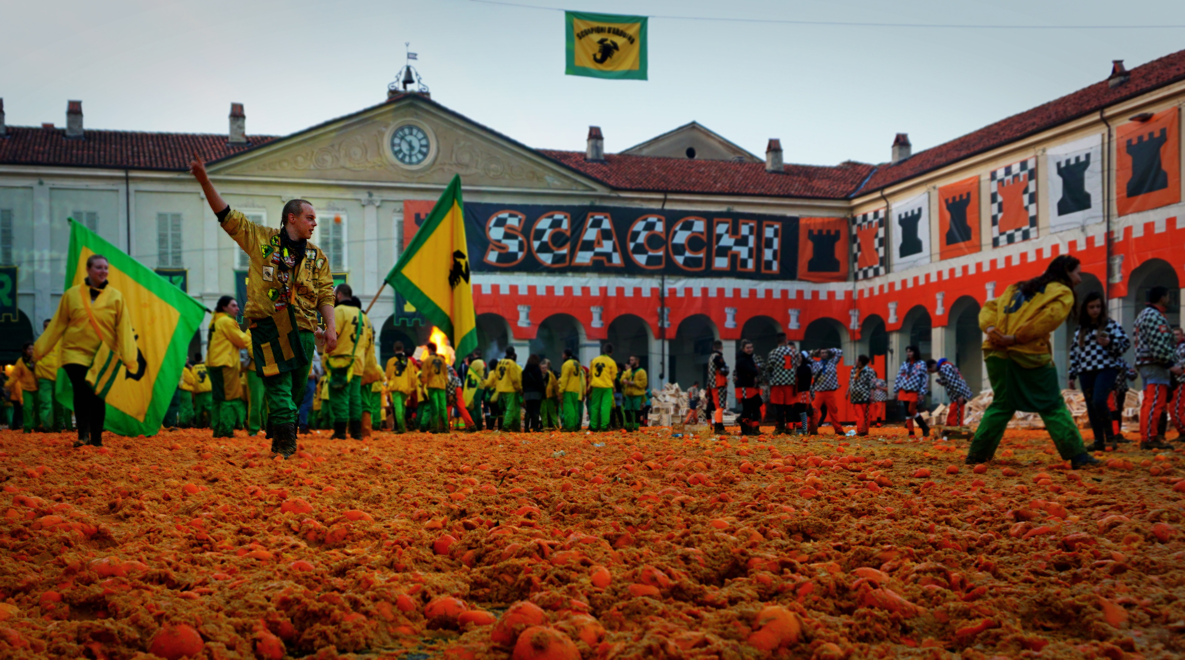 Ben Guerra-LC-Carnival in Ivrea, The Battle of the Oranges